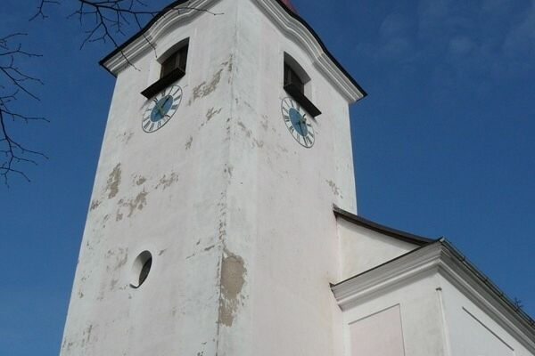 kostel-04A5FCC93D-89CC-0ADC-9C33-888A78F0C964.jpg